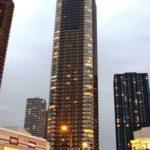 都心の超高級タワーマンションの購入者の半数は外国人でその9割は中国人。